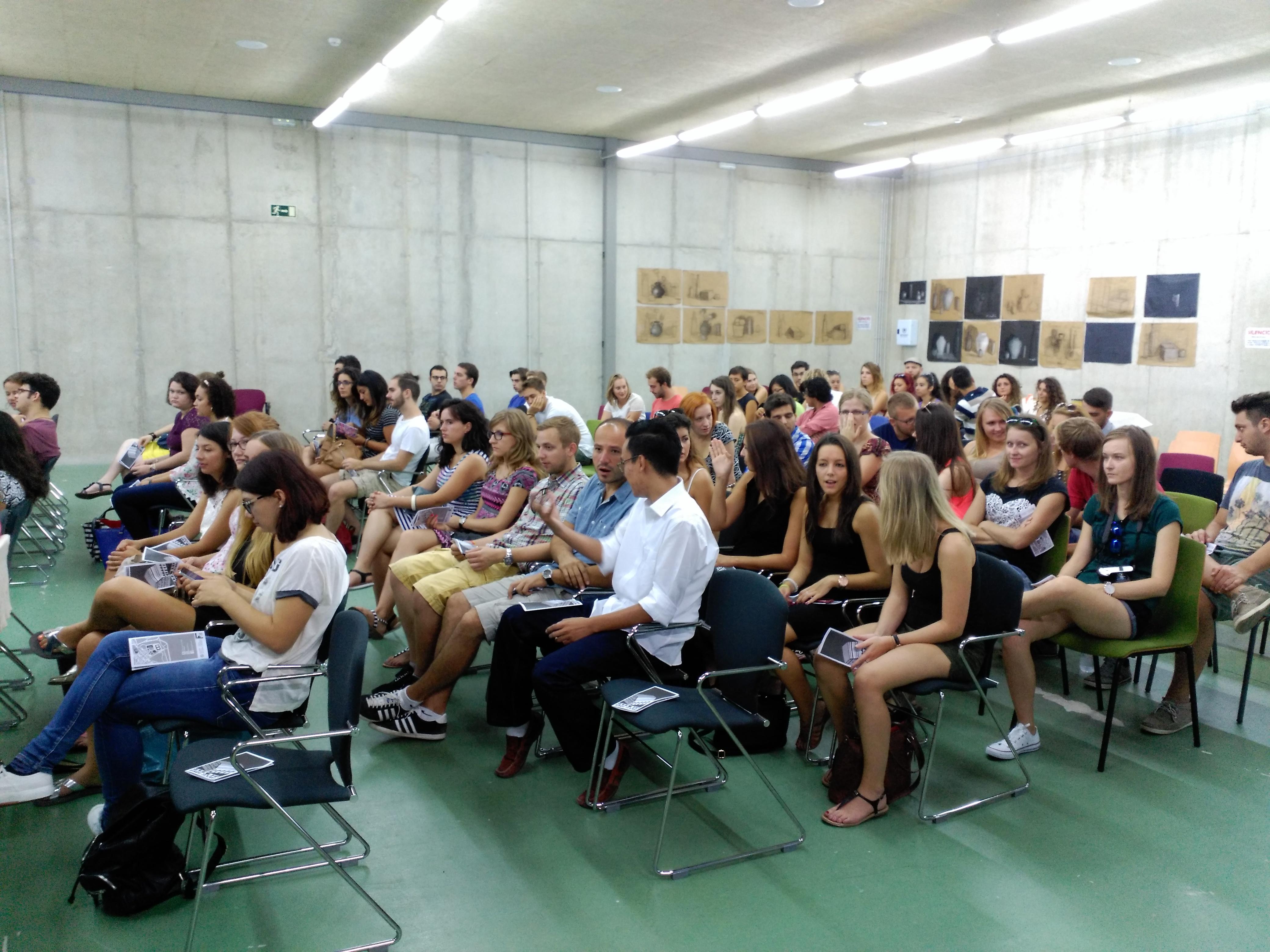 Bienvenida A Los Estudiantes Erasmus En La Casa Del Estudiante