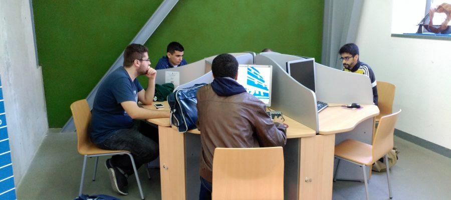 Renovación de ordenadores de libre acceso con software disponible